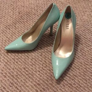 GUESS mint patent leather heels